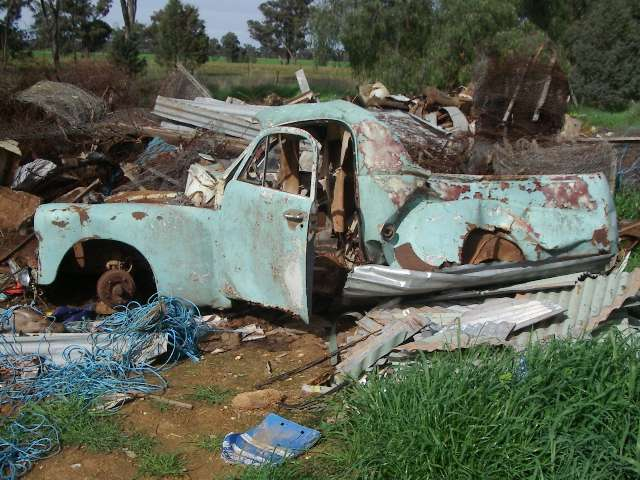 ute found in a tip near Albury NSW (supplied by Peter Huhta)